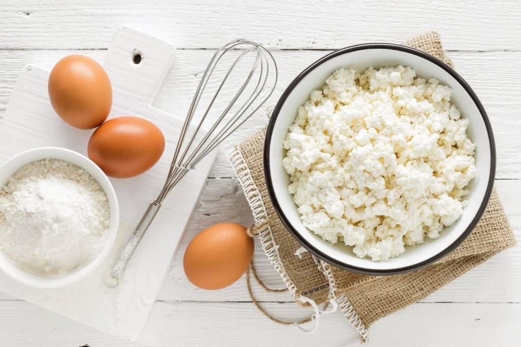 ser twarogowy i jajka
